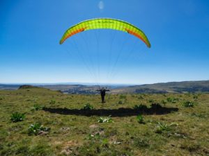 Stage initiation parapente : pente école du cantal