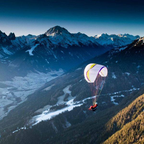 Vol montagne avec la monosurface AirDesign UFO